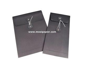100 geschenk envelop 11x22 cm Zw.